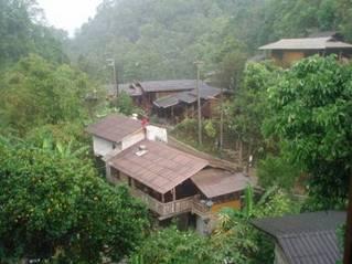 Bo hos lokalbefolkningen i Thailand