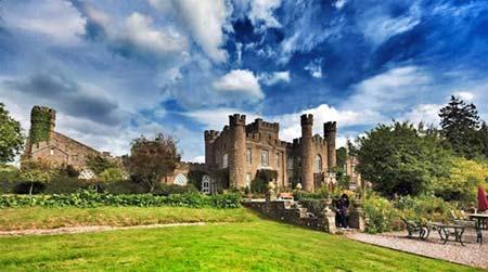Kampanj – halva priset att bo i engelskt slott