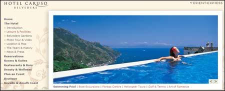 Spektakulär hotellpool med utsikt över Medelhavet