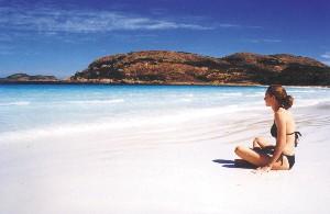 Njut av Australiens vitaste sandstrand