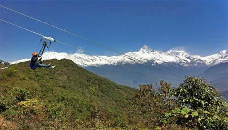 Världens längsta ziplinefärd i Nepal