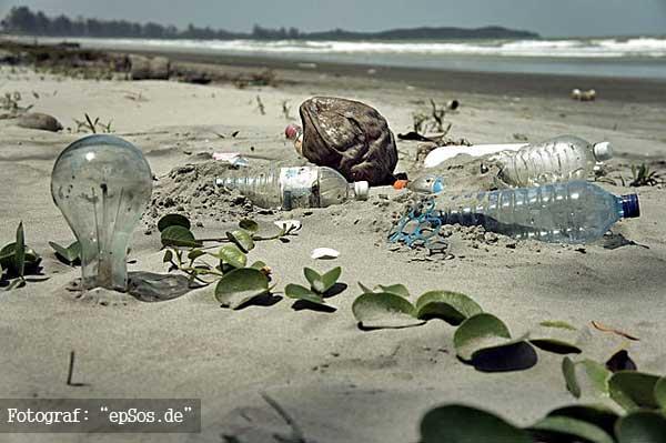 malaysia-smutsig-strand