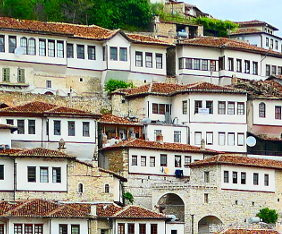 berat-albanien-fram