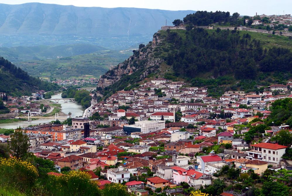berat-albanien-vybild-sida-narbild1