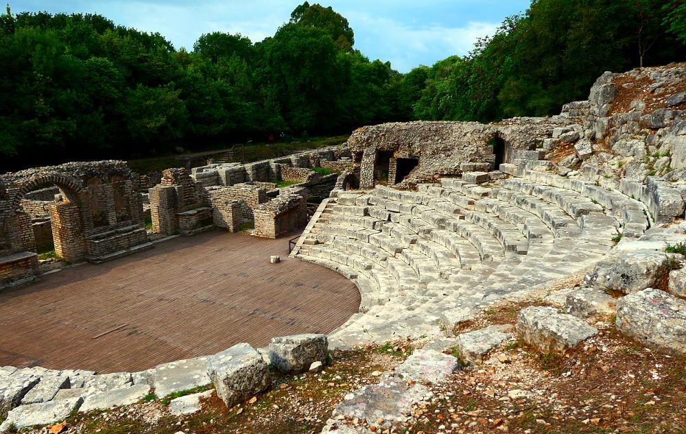 butrint-albanien-4-theater