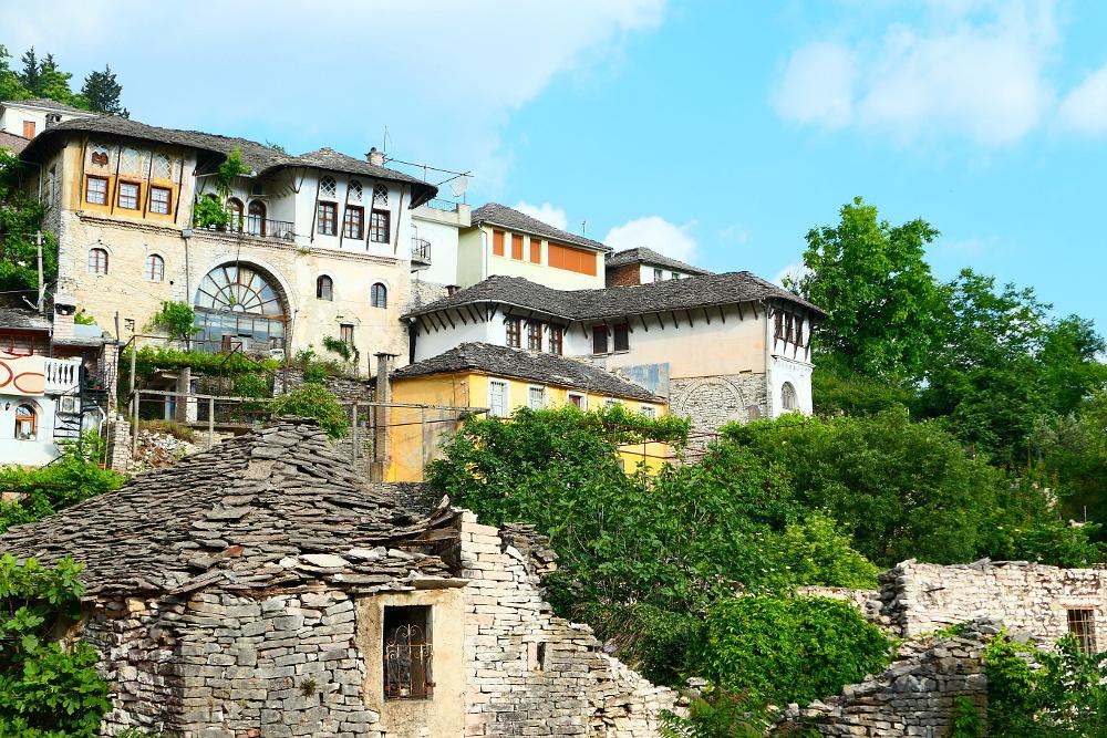 gjirokaster-albanien-stentak-hus