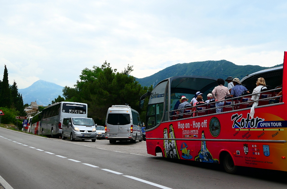 montenegro-perast-busskoer