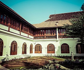 indien-thripunithura-hill-palace-museum-fram